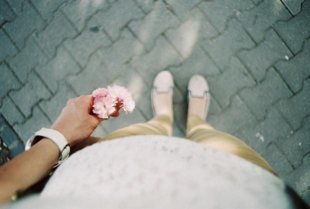 kvet_v_rukach