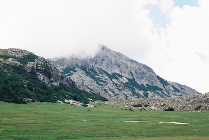 lac_de_nino_mountain