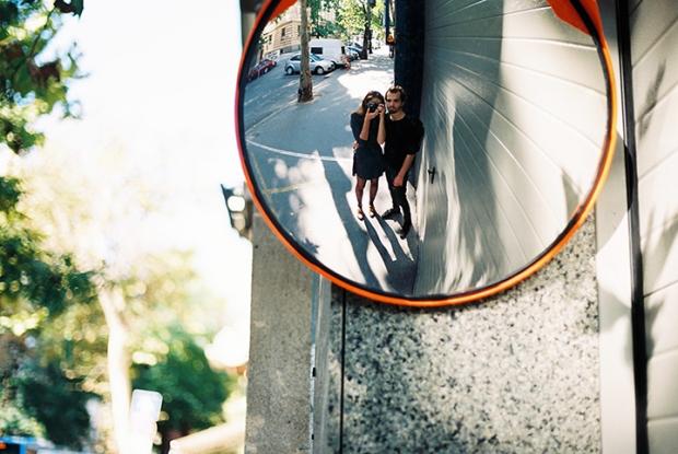 zalubenci_v_zrkadle