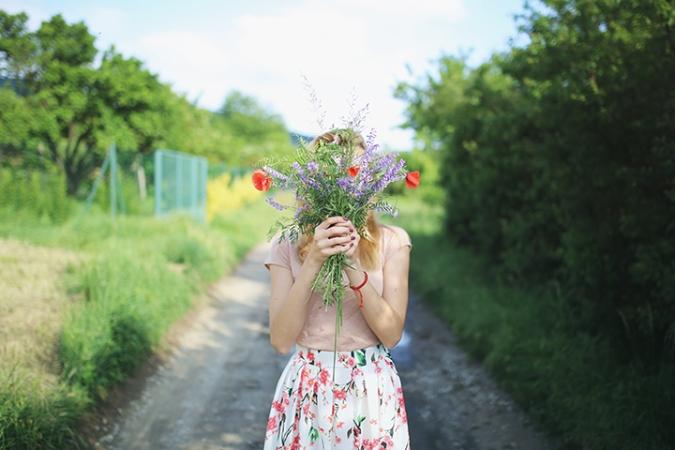 lucne-kvety-prechadzka