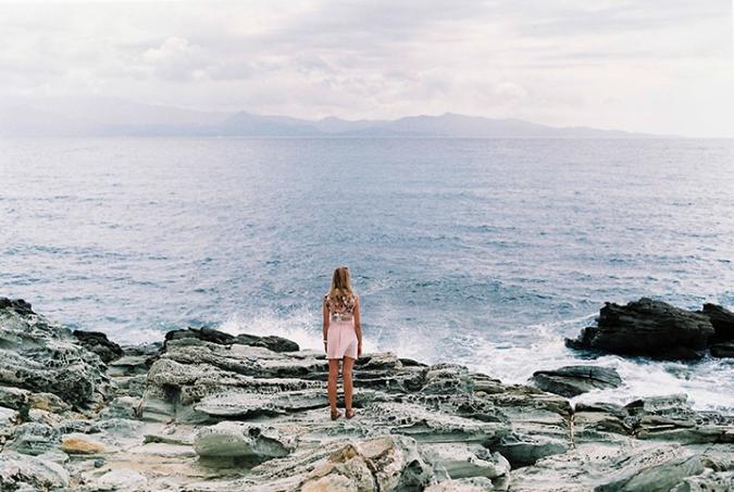 vlny-na-pobrezi