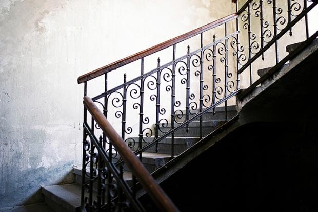 schody-v-synagoge