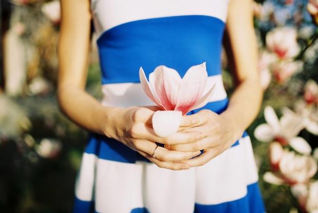 magnolia-zasnubny-prsten