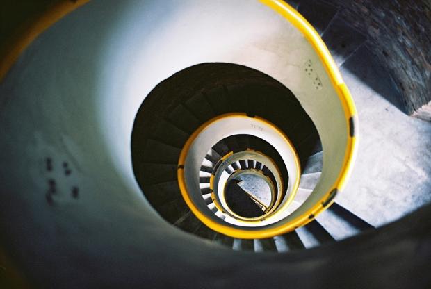 2-lighthouse-hel